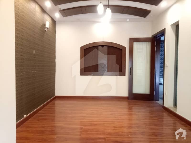 10 Marla House For Rent Available In Dha Phase 5