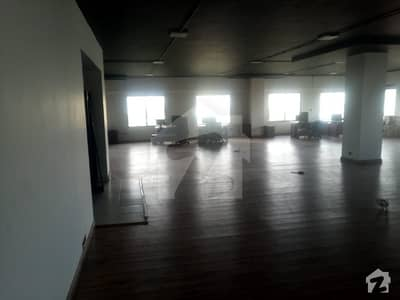 2000 Sq Yards Bungalow For Commercial With 44 Rooms Inside And Huge Car Parking Near Shara E Faisal