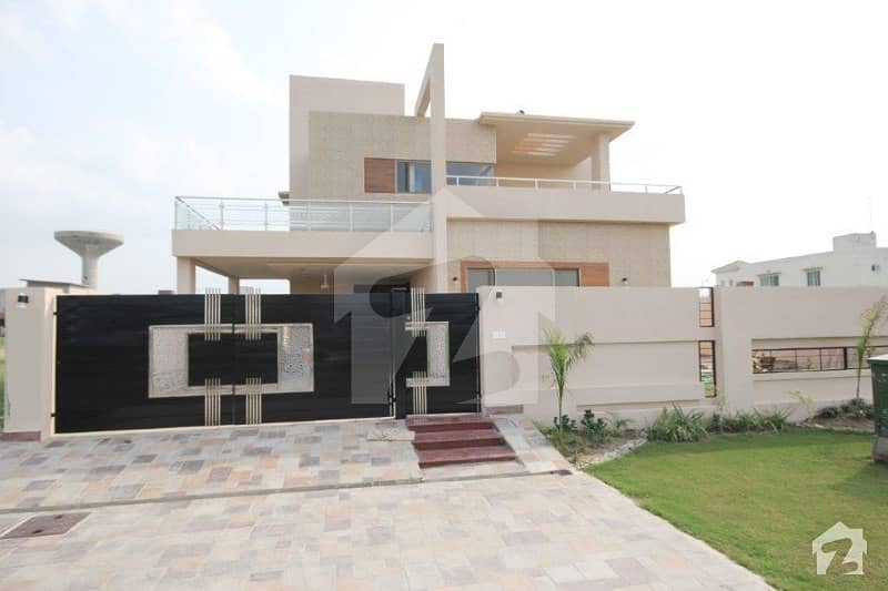 Luxurious House Available For Rent At Prime Location