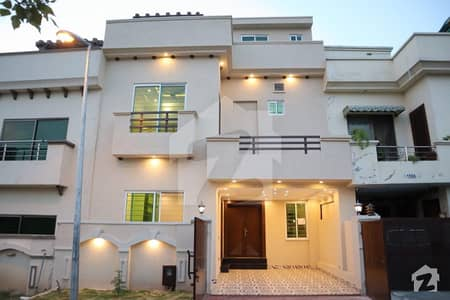 Park Face 5 Marla Double Storey House For Sale Bahria Town Phase 8 Ali Block Rwp