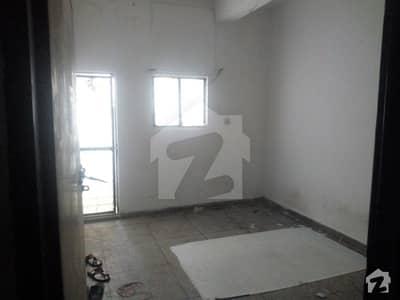 فیصل ٹاؤن لاہور میں 1 کمرے کا 1 مرلہ کمرہ 10 ہزار میں کرایہ پر دستیاب ہے۔