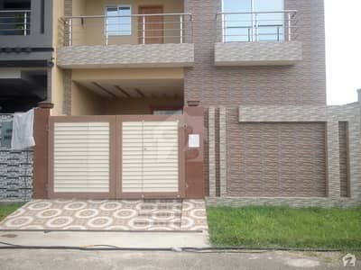 غوث گارڈن - فیز 3 غوث گارڈن لاہور میں 3 کمروں کا 5 مرلہ زیریں پورشن 20 ہزار میں کرایہ پر دستیاب ہے۔