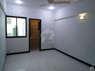 سحر کمرشل ایریا ڈی ایچ اے فیز 7 ڈی ایچ اے کراچی میں 2 کمروں کا 4 مرلہ فلیٹ 95 لاکھ میں برائے فروخت۔