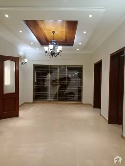 10 Marla House For Rent In Dha Phase 4 Aa Block