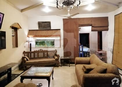 10 Marla Beautiful House For Sale An Ideal Location Near Canal Road Doctors Hospital Johar Town