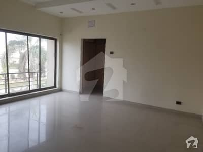 10 Marla Slightly Used Independent Upper Portion For Rent In Wapda Town Phase 1