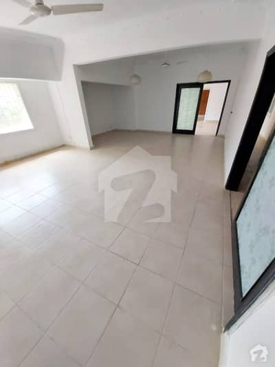 Ground Floor 4000 Sq. ft 3 Bed Apartment For Sale