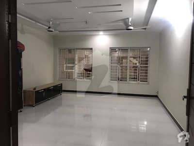 50x90 Brand New Upper Portion For Rent