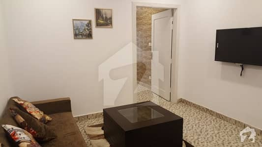 بحریہ ٹاؤن فیز 7 بحریہ ٹاؤن راولپنڈی راولپنڈی میں 5 کمروں کا 10 مرلہ مکان 1.72 کروڑ میں برائے فروخت۔