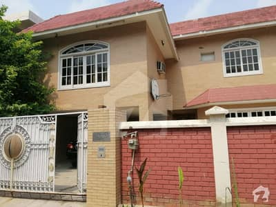House For Sale 652 Sq Yds  9 Bed   Opp The Mall Of Lahore Aziz Bhatti Road Lahore Cantt
