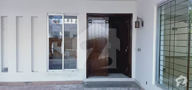 1 Kanal House For Rent In Available And Gas And Electricity And Park And Lgs School Other Facilities And Play Ground