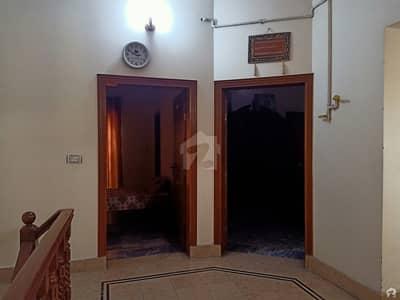 شادمان کالونی گجرات میں 5 کمروں کا 5 مرلہ مکان 1.1 کروڑ میں برائے فروخت۔