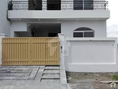 نشیمن اقبال فیز 2 بلاک - اے 2 نشیمنِ اقبال فیز 2 نشیمنِ اقبال لاہور میں 6 کمروں کا 5 مرلہ مکان 1.15 کروڑ میں برائے فروخت۔