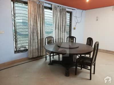 ڈی ایچ اے فیز 1 - بلاک بی فیز 1 ڈیفنس (ڈی ایچ اے) لاہور میں 1 کمرے کا 1 کنال کمرہ 35 ہزار میں کرایہ پر دستیاب ہے۔