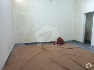 ناردرن بائی پاس ملتان میں 1 کمرے کا 1 مرلہ کمرہ 10 ہزار میں کرایہ پر دستیاب ہے۔