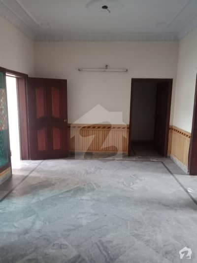 8 Marla Upper Portion For Rent In Allama Iqbal Town Nishtar Block