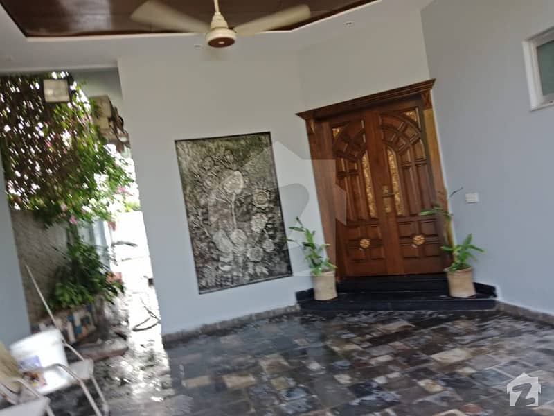 10 Marla Used House For Sale In Dha Phase 8