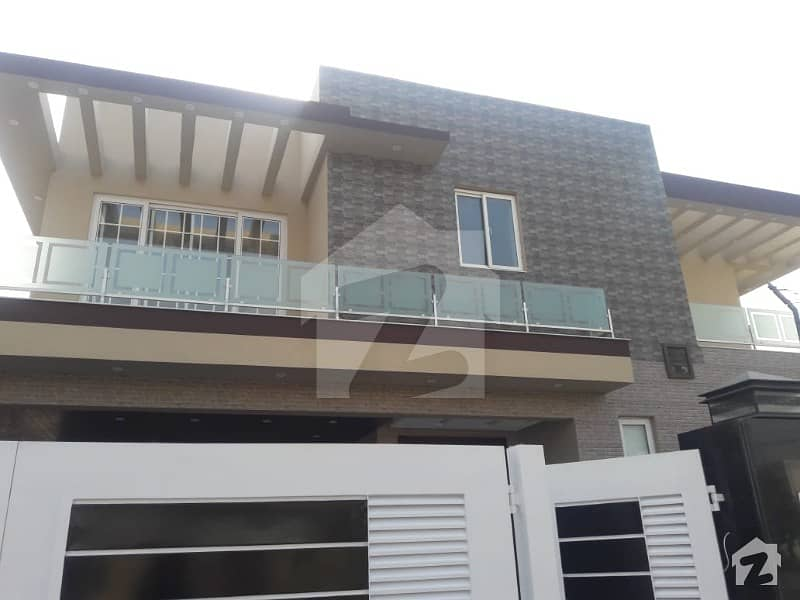 22 MARLA FULL HOUSE IS AVAILABLE FOR RENT IN DHA PHASE 5