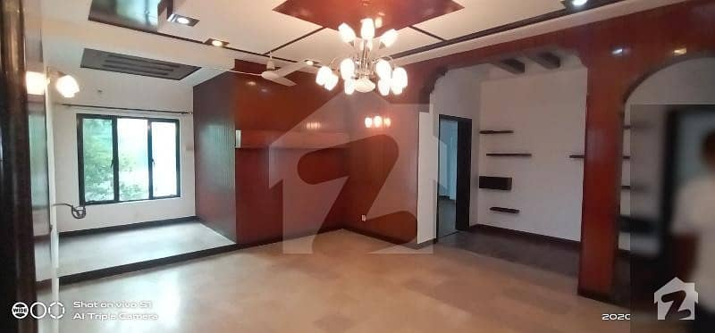 One Kanal Upper Portion 3 Bedrooms Phase 4 Block Cc