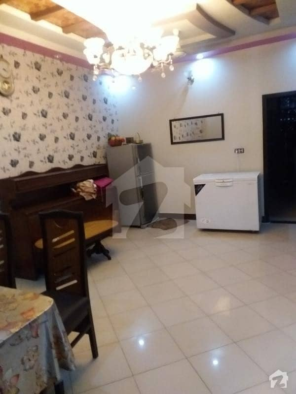 Upper Portion Of 1100  Square Feet Available In North Karachi