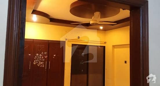 2700  Square Feet Flat Situated In Gulistan-E-Jauhar For Rent