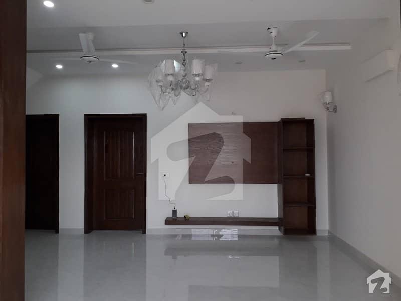 اسٹیٹ لائف ہاؤسنگ فیز 1 اسٹیٹ لائف ہاؤسنگ سوسائٹی لاہور میں 3 کمروں کا 5 مرلہ مکان 45 ہزار میں کرایہ پر دستیاب ہے۔