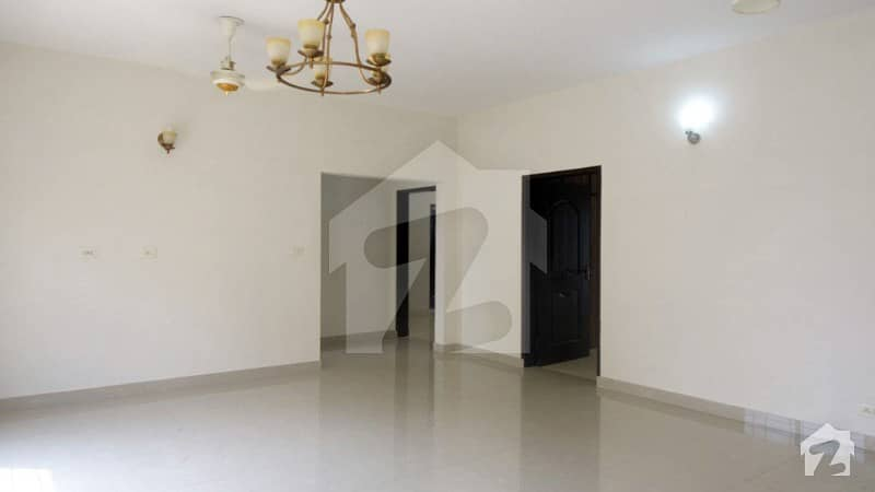 10 Marla 3 Bed Open View Flat For Sale Askari 11 Lahore