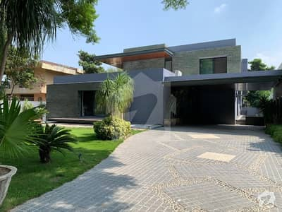 9 Bed Luxurious House For Rent In F7