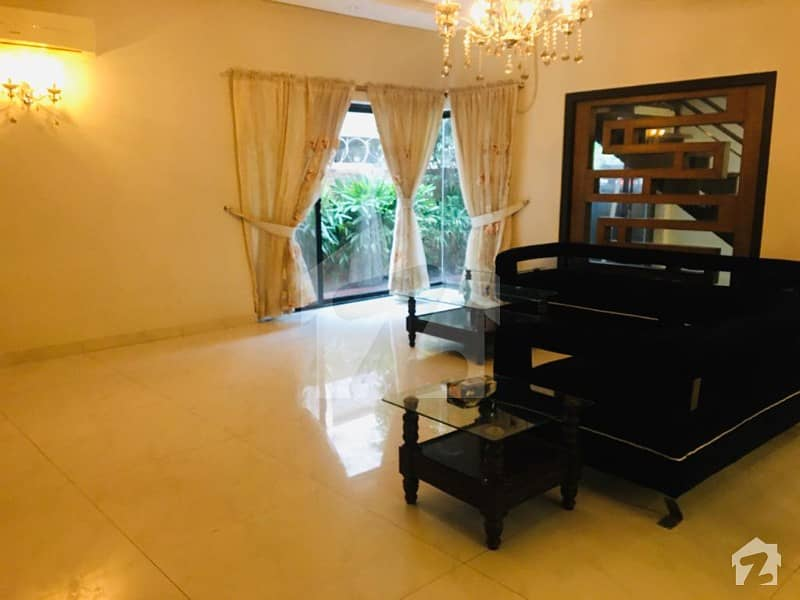 1 Kanal  Luxury Full House Fully Furnished Available For Rent