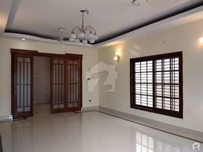 ڈی ایچ اے فیز 6 ڈی ایچ اے کراچی میں 4 کمروں کا 10 مرلہ مکان 4.85 کروڑ میں برائے فروخت۔