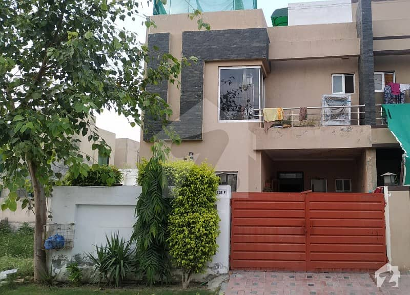 1350  Square Feet House In State Life Housing Society Is Available