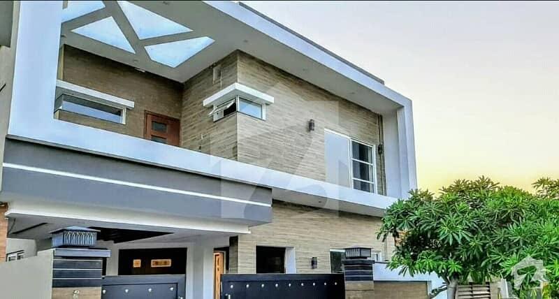 Bahria Town Phase 8 Rawalpindi 10 Marla Brand New Designer House