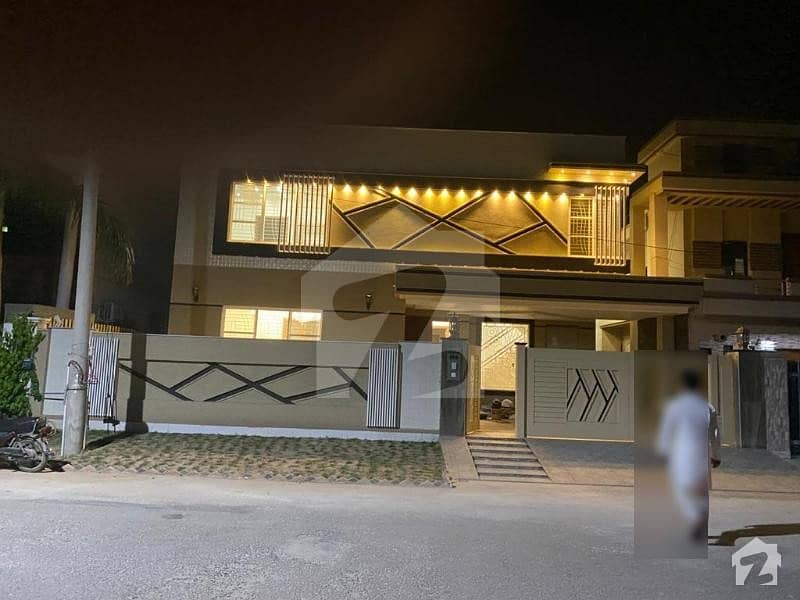 Brand New Luxury 16 Marla House For Sale