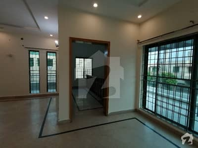 Dha 1 Kanal Admirable Upper Portion For Rent In Phase 4