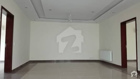 Upper Portion Of 12 Marla For Rent In CBR Town