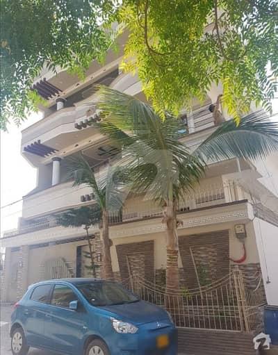 Triple Storey Vip House For Sale In Block 2 Saadi Town Karachi
