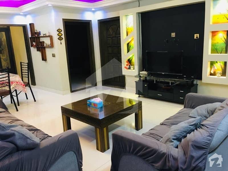 کلفٹن ۔ بلاک 5 کلفٹن کراچی میں 4 کمروں کا 12 مرلہ فلیٹ 4.75 کروڑ میں برائے فروخت۔