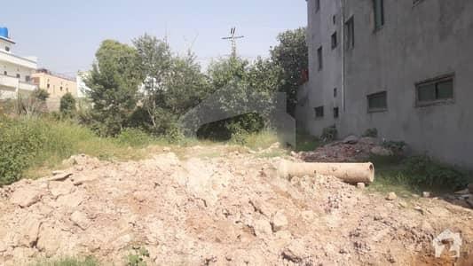 آغوش فیز 1 آغوش اسلام آباد میں 1 کنال رہائشی پلاٹ 90 لاکھ میں برائے فروخت۔