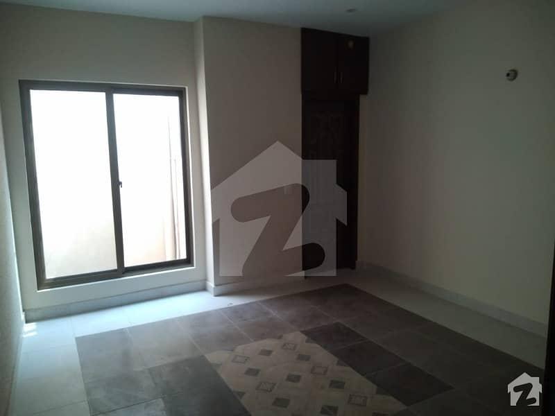 بیدیاں روڈ لاہور میں 2 کمروں کا 6 مرلہ بالائی پورشن 14 ہزار میں کرایہ پر دستیاب ہے۔