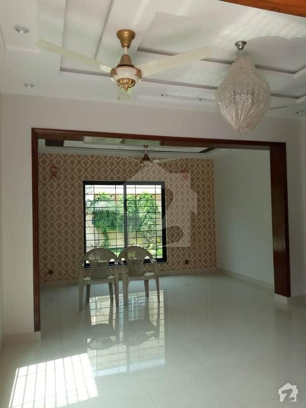 اسٹیٹ لائف فیز 1 - بلاک ایف اسٹیٹ لائف ہاؤسنگ فیز 1 اسٹیٹ لائف ہاؤسنگ سوسائٹی لاہور میں 2 کمروں کا 10 مرلہ بالائی پورشن 35 ہزار میں کرایہ پر دستیاب ہے۔