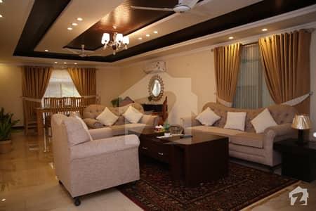 ڈی ایچ اے فیز 2 ڈیفنس (ڈی ایچ اے) لاہور میں 3 کمروں کا 9 مرلہ فلیٹ 2.75 لاکھ میں کرایہ پر دستیاب ہے۔