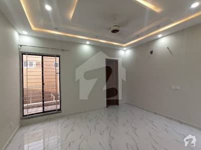10 Marla Brand New Upper Portion Available For Rent