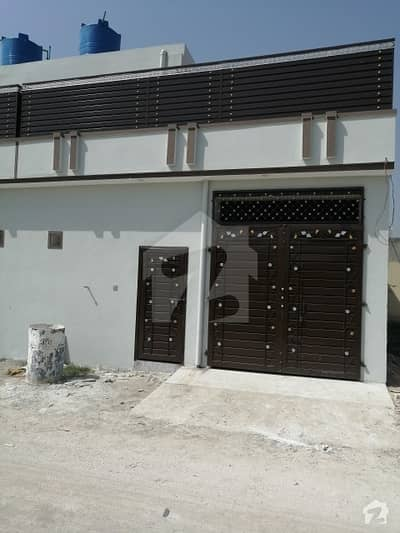 924  Square Feet House In Warsak Road For Sale