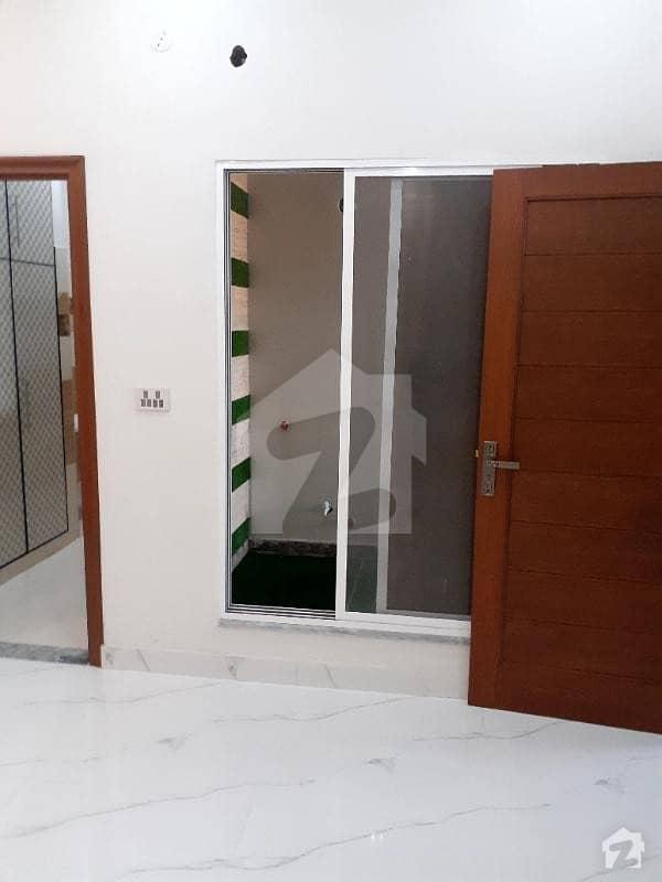 ایڈن ایگزیکیٹو ایڈن گارڈنز فیصل آباد میں 4 کمروں کا 7 مرلہ مکان 60 ہزار میں کرایہ پر دستیاب ہے۔