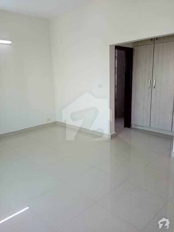 10 Marla 3Bed Apartment For Rent Askari 11