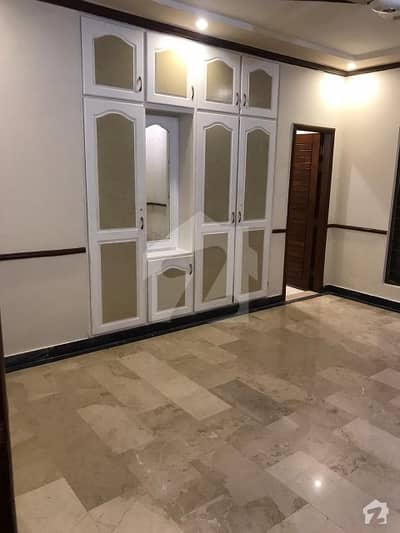 1 Kanal Beautiful House For Rent