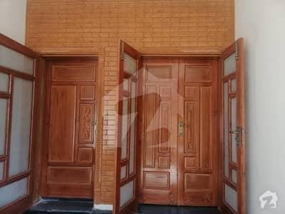 جی ۔ 15 اسلام آباد میں 9 کمروں کا 7 مرلہ مکان 80 ہزار میں کرایہ پر دستیاب ہے۔