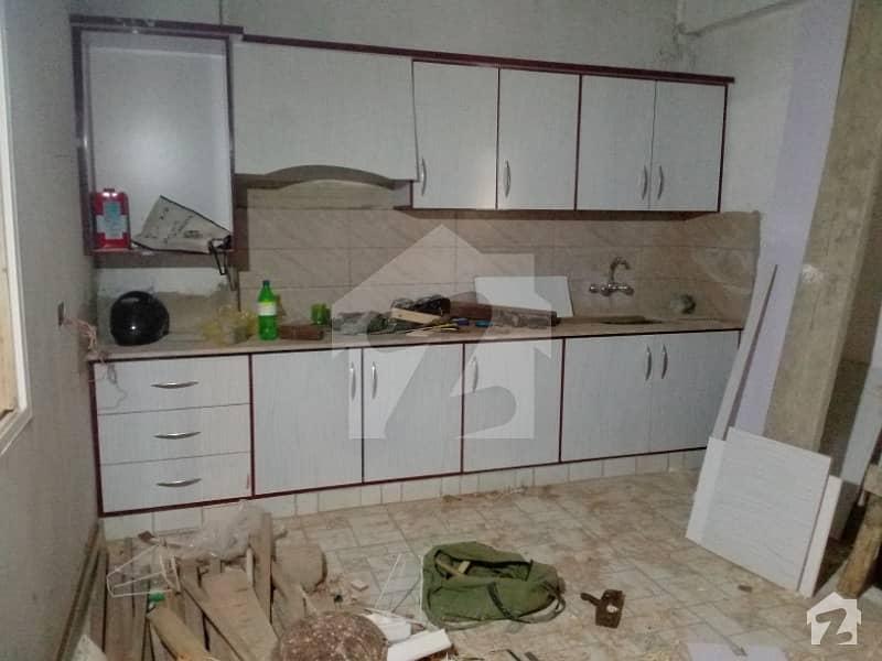 گلستانِِ جوہر ۔ بلاک 9 گلستانِ جوہر کراچی میں 4 کمروں کا 5 مرلہ مکان 1.85 کروڑ میں برائے فروخت۔