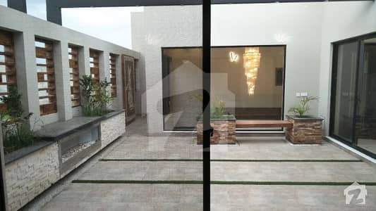 1 Kanal Luxurious Bungalow Available For Rent In Dha Phase 3 Block Y