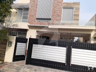1 Kanal Luxurious Bungalow Available For Rent In Dha Phase 6 Block L
